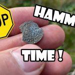 Pierwszy srebrny hamerek i siekierka z brązu